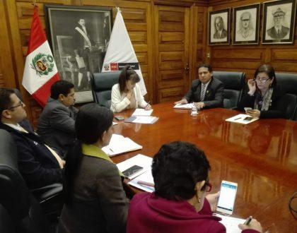 Decano Nacional se reunió con la Ministra de Salud para dialogar sobre temas del sector